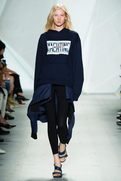 See all the Collection photos from Lacoste Spring/Summer 2015 Ready-To-Wear now on British Vogue Spring 2015 Fashion, Spring Summer 2015, Sport Fashion, Fashion Show, Fashion Design, Women's Fashion, Lacoste, Tilda Lindstam, Black Wardrobe