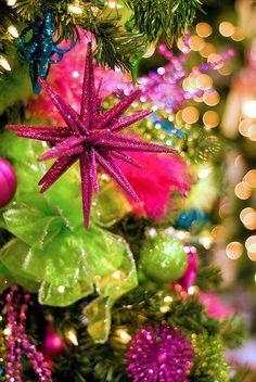 Bright Pink & Green Christmas