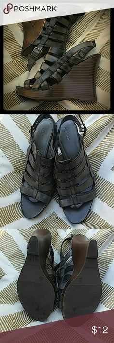 Old Navy wedges size 10 Blue gray strappy wedge heels Old Navy Shoes Wedges