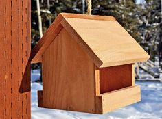 Wood Bird Feeder, Bird Feeder Plans, Bird Feeders, Decorative Bird Houses, Bird Houses Diy, Sand Projects, Outdoor Projects, Cedar Fence Pickets, Diy Farmhouse Table