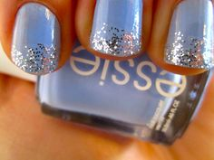 I'm missing my top coat (my favorite is Seche Vite Dry Fast Top Coat) With essie's Bikini so Teeny and a sparkle called Queen of Beauty by Sinful Colors