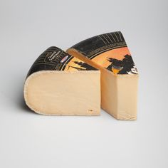 Old Amsterdam Gouda by Westland Old Amsterdam Cheese, Dutch Cheese, Bordeaux Wine, Types Of Cheese, Gouda, Holland, Products, The Nederlands, Cheese Types