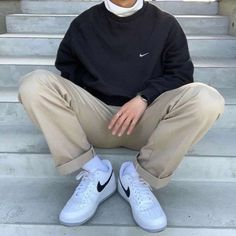 Indie Outfits, Retro Outfits, Vintage Outfits, Boy Outfits, Vintage Fashion, Stylish Mens Outfits, Cute Casual Outfits, Men Casual, Vintage Nike Sweatshirt