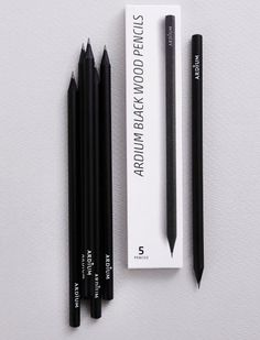 MochiThings.com: Ardium Black Pencil Set