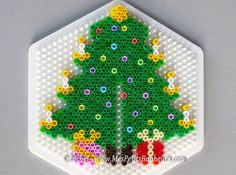 Christmas tree hama perler 1 by Rachel