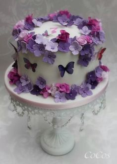 Pretty Flowers And Butterflies Cake By Lynette Brandl - (cakesdecor) Purple Butterfly Cake, Butterfly Birthday Cakes, 1st Birthday Cakes, Butterfly Cakes, Birthday Cake With Flowers, Pretty Cakes, Beautiful Cakes, Amazing Cakes, Fondant Cakes