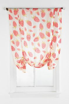 Plum & Bow Strawberry Draped Shade Curtain- Urban Outfitters- so cute for a kitchen! Strawberry Kitchen, Strawberry Baby, Strawberry Fields, Strawberry Ideas, Strawberry Patch, Strawberry Cheesecake, Printed Curtains, Cotton Curtains, Hang Curtains