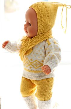 Baby Knitting Patterns Knitting instructions for doll clothes – Very nice doll clothes in yellow and white Barbie Clothes Patterns, Doll Dress Patterns, Clothing Patterns, Baby Knitting Patterns, Crochet Patterns, Knitting Dolls Clothes, Knitted Dolls, Boutique Style, Baby Born Clothes