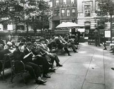 In the mid-1930s the NYPL established an outdoor reading room and called it the Bryant Park Library at Central Building. Much like our current reading room, patrons could enjoy books, magazines and newspapers outside in the park. The 1930s reading room was located on the Upper Terrace, just behind the main library building, and staff librarians were on hand to assist patrons.