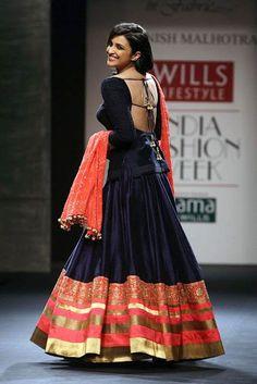 Parineeti Chopra. Open Back. Shaadi, Lengha, Shalwar Kameez, Indian Outfit, Pakistani Outfit, Indo-Pak