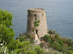 Praiano Tower, Torre a Mare...and inside...an artist's workshop:)