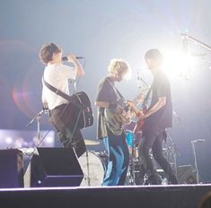 bump of chicken Pose Reference, Osaka, Bump, Tours, Chicken, Concert, Kyocera, Instagram, Concerts
