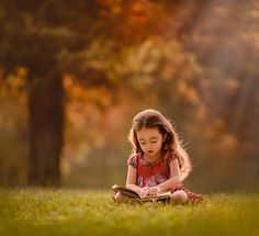 Little girl reading.. Light Of Knowledge by Lilia Alvarado on 500px
