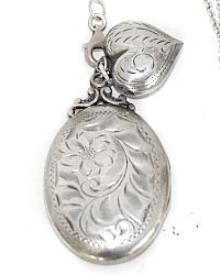 Antique Sterling Locket and Puffed Heart Necklace Lockets, Necklace Designs, Costume Jewelry, Pocket Watch, Jewelry Necklaces, Artisan, Boxes, Luxury, Antiques