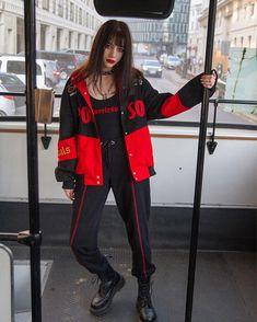 ALTERCORE (@altercore) • Zdjęcia i filmy na Instagramie Grunge, Girly Pictures, Korean Street Fashion, Stevie Nicks, Rock, Girl Photos, Canada Goose Jackets, Photography Poses, My Girl