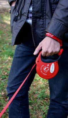 """Retractable lead for dog called """"Free Walker"""" M size Red & Extention Lead / 伸縮式リード「フリーウォーカー」 Mサイズ 赤 & エクステンションリード"""