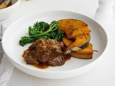 Braised Steak and Onions