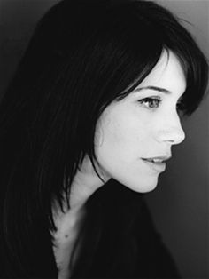 Caroline Catz, she's so beautiful