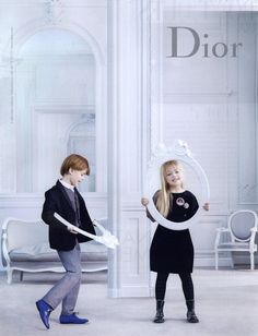 Dior #blanc #blanccomm @blanccomm Baby Dior, Young Fashion, Kids Fashion, Dior Kids, Preppy Kids, Christian Dior Couture, Chic Baby, New Paris, Kids Branding