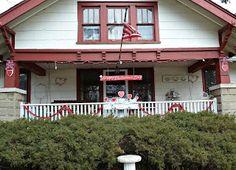 Old Glory Cottage: REDNESDAY