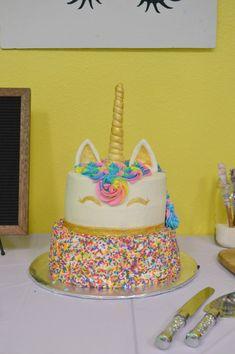 Pinterest Unicorn Birthday Party Niece Birthday, Unicorn Birthday Parties, Diy Birthday, Unicorn Party, Birthday Cakes, Birthday Ideas, Lisa Frank, Unique Birthday Gifts, Party Ideas