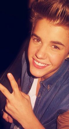10 Top Posts — iPhone Wallpaper Justin Bieber