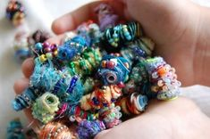 Funky Fiber Beads Tutorial: great tutorial, I am definitely going to try making these beads!