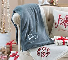 Super Soft Blanket is truly one of my all-time favorites!! #LA31 #organize