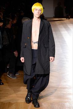 Sfilata Moda Uomo Comme des Garçons Homme Plus Parigi - Autunno Inverno 2017-18 - Vogue