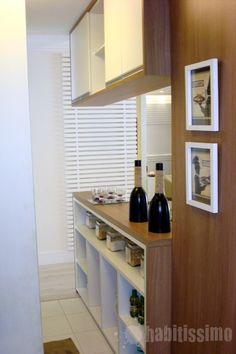 Cozinha americana com armário
