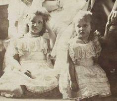 "The Grand Duchesses Maria and Anastasia Nikolaevna Romanova of Russia in 1906. ""AL"""