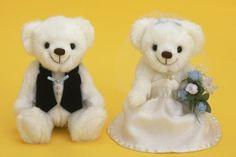 WM-014 クラシックブーケ・ブルー・完成品<シェリーマリエ・ウェルカムアニマルコーナー>http://www.tedukuri-wedding.com/mall/bear/kansei/clover/wn014.html