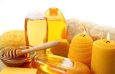 Honey is one of the best moisturizers for the dry skin