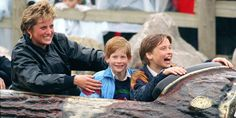 Princess diana with her sons princes william and harry for Townandcountrymag com customer service