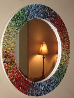 Mosaic mirror with artful colour gradations Mirror Mosaic, Mosaic Diy, Mosaic Crafts, Mirror Art, Mosaic Projects, Mosaic Wall, Mosaic Glass, Glass Art, Mosaic Ideas