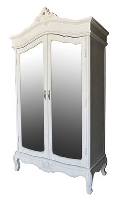 Superb #mirrored wooden #wardrobe in beige color. www.inart.com