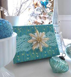 blue snowflake wrapping & decor