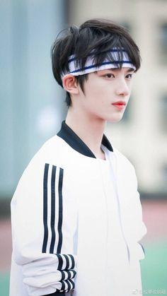 Read Casting from the story Ulzzang Kids, Korean Boys Ulzzang, Korean Men, Cute Asian Guys, Asian Boys, Cute Guys, Cute Korean Boys, Aesthetic People, Hot Boys
