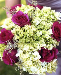 #Green Hydrangeas, fuchsia roses and berries wedding bouquet. .teresaferrando.com