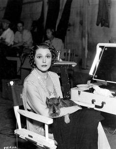 "Alice Brady, dog Nicky, set of ""One Hundred Men and a Girl"" Hollywood Cinema, Old Hollywood Glamour, Mini Schnauzer, Miniature Schnauzer, Alice Brady, The Jazz Singer, Actor Secundario, Smartest Dogs, Poor Dog"