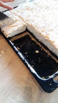 Habos-mákos, nagyon gyorsan elkészíthető és szeletelés után is gyönyörű! - Bidista.com - A TippLista!