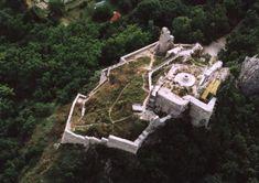 Tíz hely, amit látnod kell Fejér megyében Geocaching, Old Buildings, Hungary, Places To Visit, Castle, Architecture, City, Google, Arquitetura