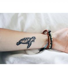 Grab your hot tattoo designs. Get access to thousands of tattoo designs and tattoo photos Little Tattoos, Mini Tattoos, Cute Tattoos, Unique Tattoos, Beautiful Tattoos, Body Art Tattoos, New Tattoos, Small Tattoos, Sleeve Tattoos