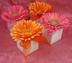 gerbera wedding favour boxes