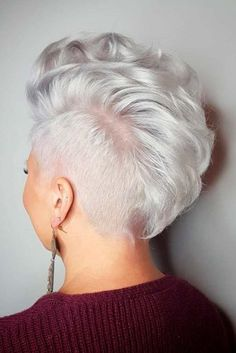 Pixie Haircuts Ideas to Look Like a Star ★ See more: http://lovehairstyles.com/blonde-pixie-haircuts-looks/
