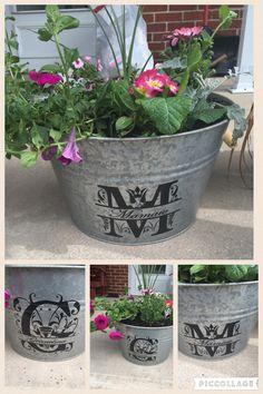 Monogrammed flower pots bridesmaid group board in 2019 Diy Garden Decor, Garden Art, Diy Decoration, Garden Design, Painted Flower Pots, Cricut Air, Silhouette Cameo Projects, Cricut Creations, Porch Decorating