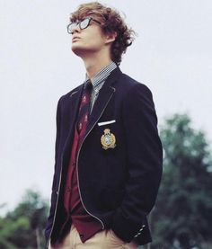 Andy: Button up shirt and tie and blazer to complete the uniform Le Rosey, Character Inspiration, Style Inspiration, Writing Inspiration, Boys Uniforms, School Boy, Preppy Style, Mens Suits, Suit Men