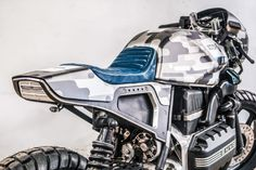 "BMW K100 ""Camouflage"" from Cardsharper Customs"