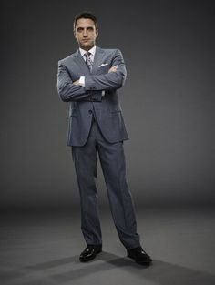 Raul Esparza how Rafael Barba (451×600)