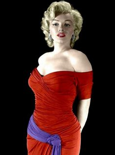 Summers in Hollywood — summers-in-hollywood: Marilyn Monroe, early Marilyn Monroe Fotos, Glamour, Norma Jeane, Color Photography, Belle Photo, In Hollywood, American Actress, My Idol, Movie Stars